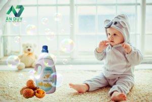 Có thể dùng nước giặt bồ hòn để giặt đồ cho bé hay không?